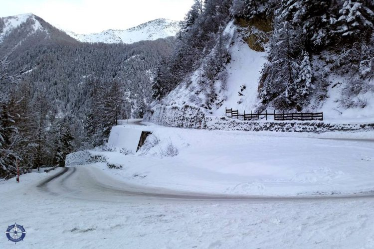 Rte de Forclaz in the snow on the way to Chamonix, France