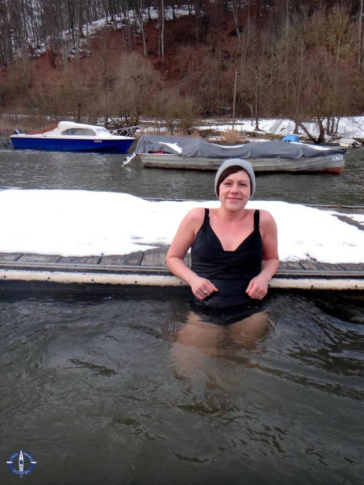 Dorota doing the polar plunge in Switzerland