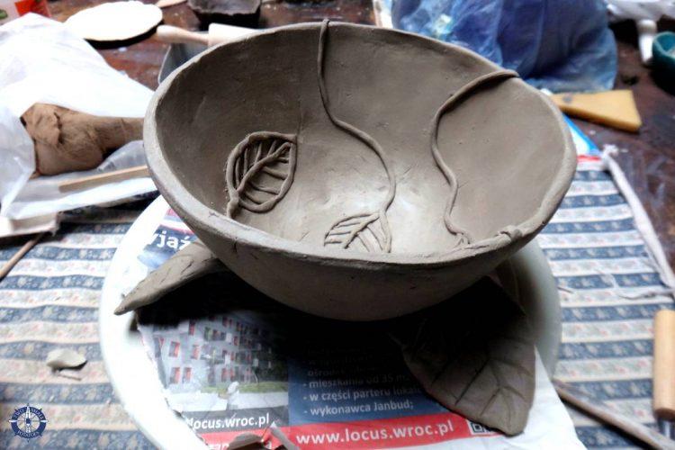 Making Polish pottery in Pruszowice