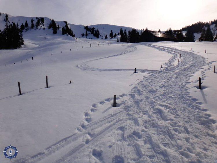 The back side of snowy La Berra at La Roche
