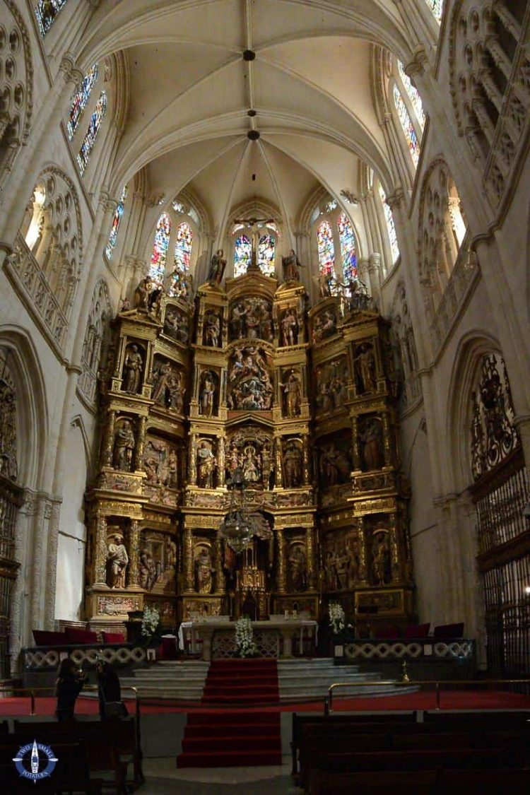 Main chapel and altarpiece in Burgos Cathedral