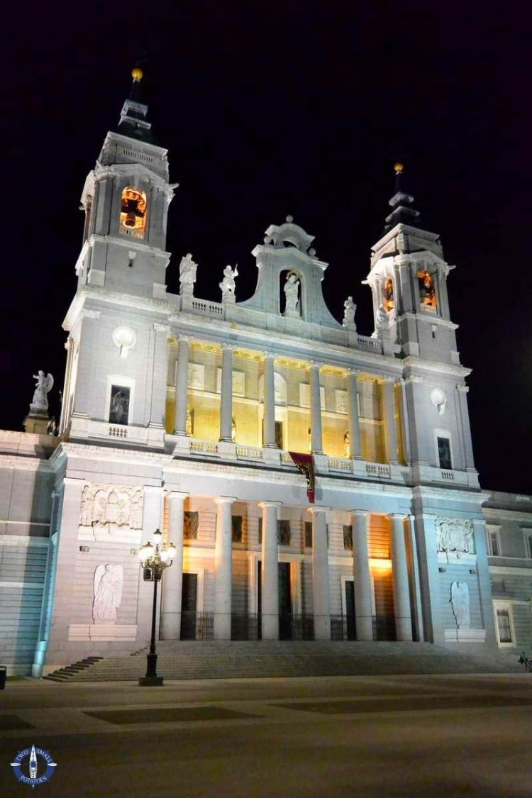 Almudena Cathedral, one of the best attractions in Madrid