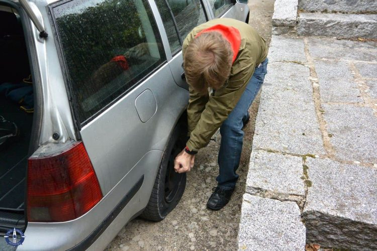 Flat tire in Collado Mediano, Spain