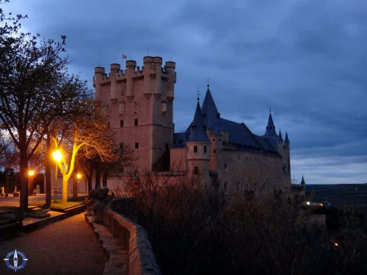 TheSegovia Fortress at night in Spain