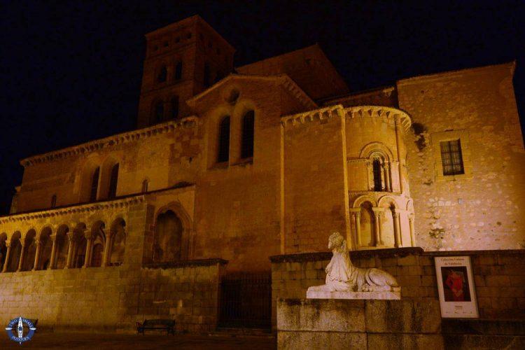 Iglesia de San Martin and Sirens of Segovia