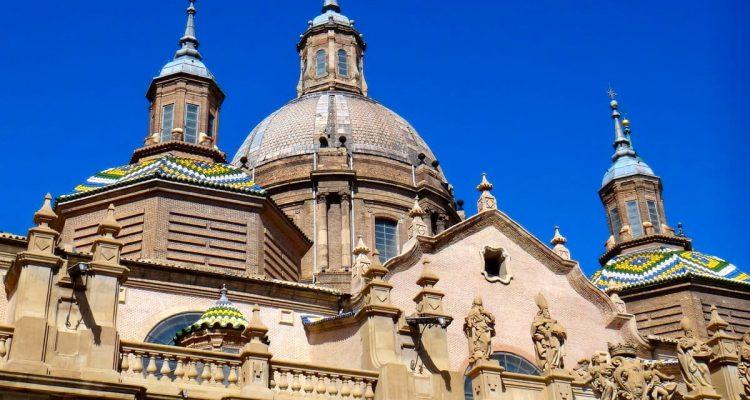 Beautiful tiled domes of the Basilica de Nuestra Senora del Pilar, Spain