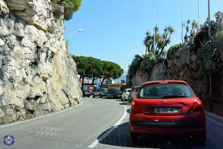 Border crossing between France and Monaco