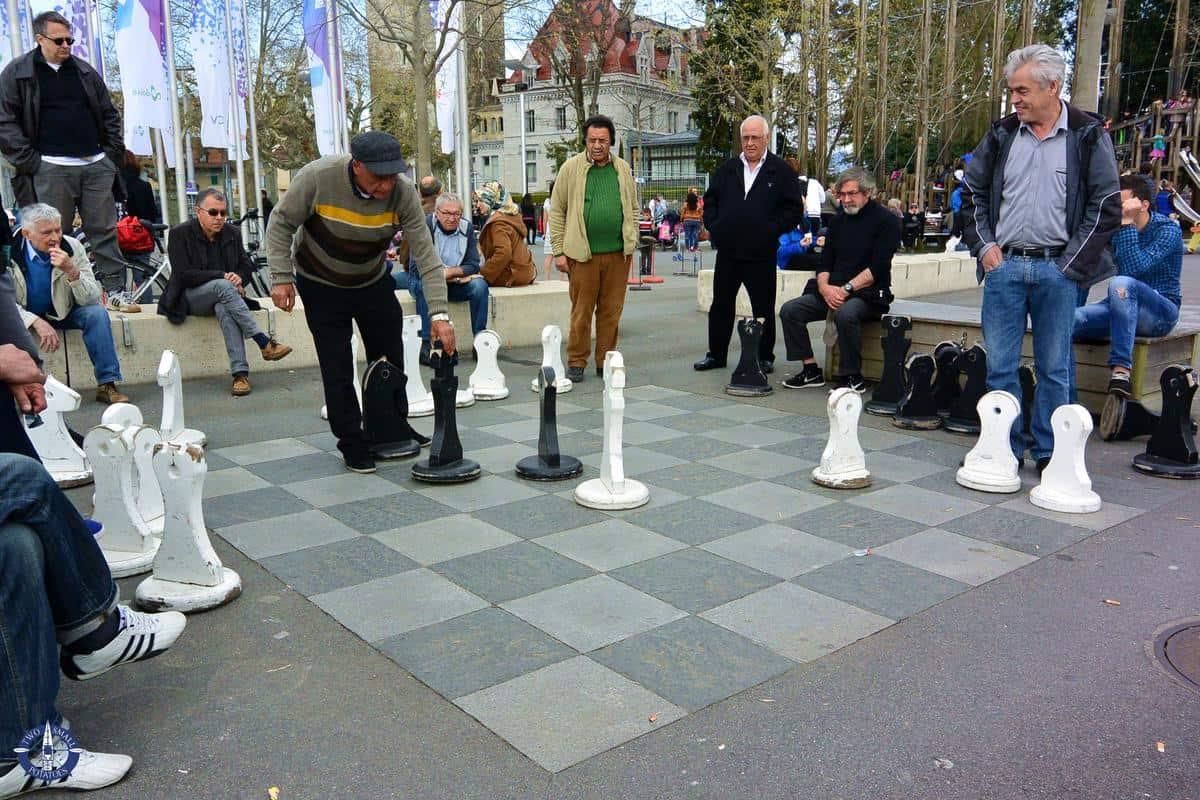Chess players at Place de la Navigation in Lausanne