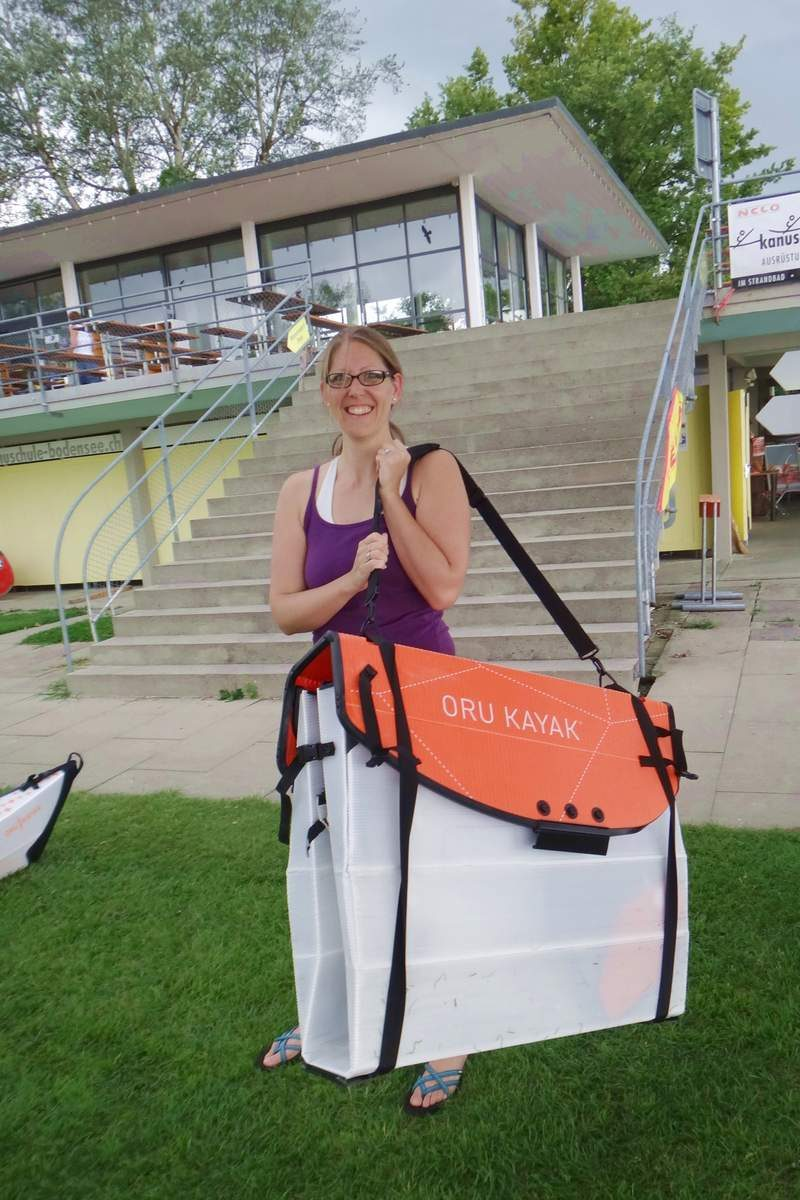 Carrying an Oru at Kanuschule Bodensee in Switzerland