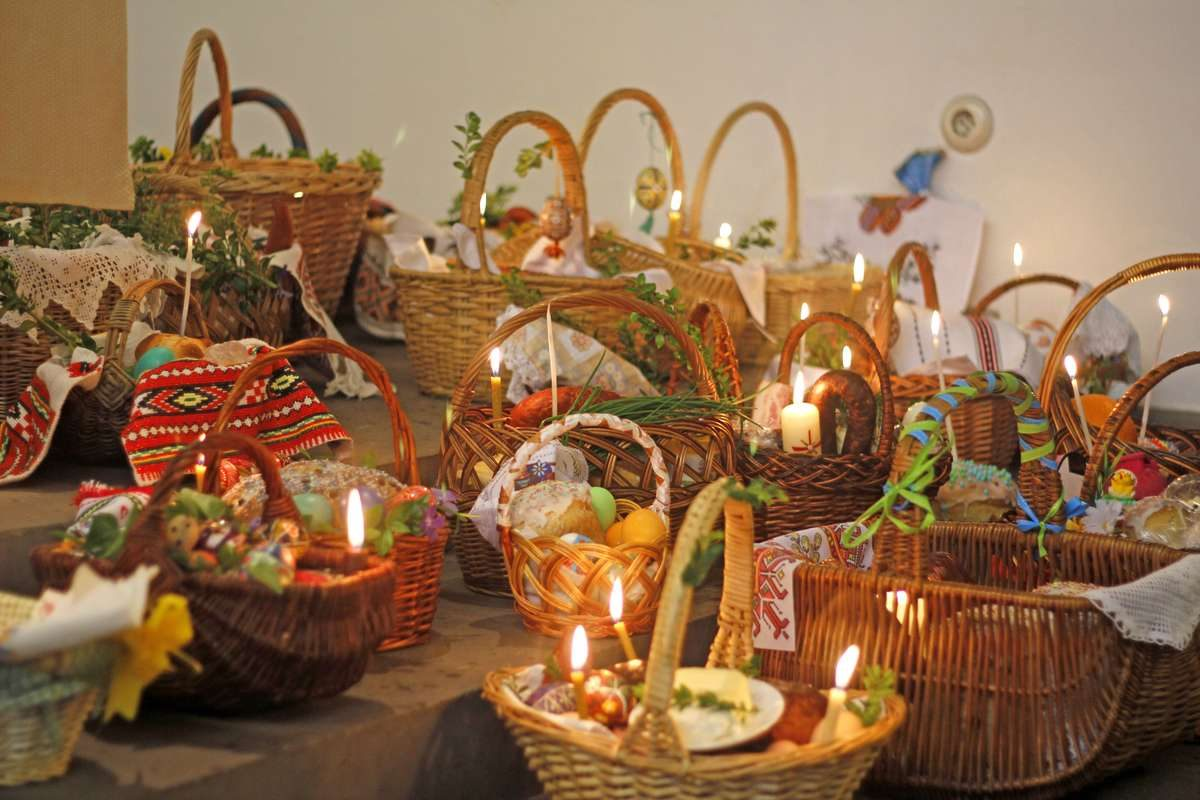 Traditional Ukrainian Easter baskets to be blessed by a priest
