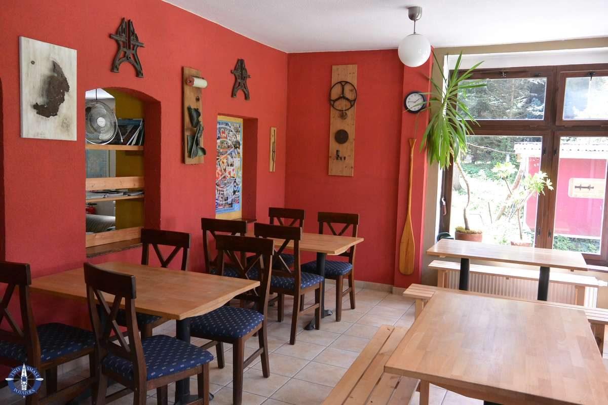 Dining area at Ferdinands Homestay, Germany