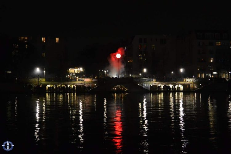 Fireworks over the Spree River in Berlin on New Year's Eve