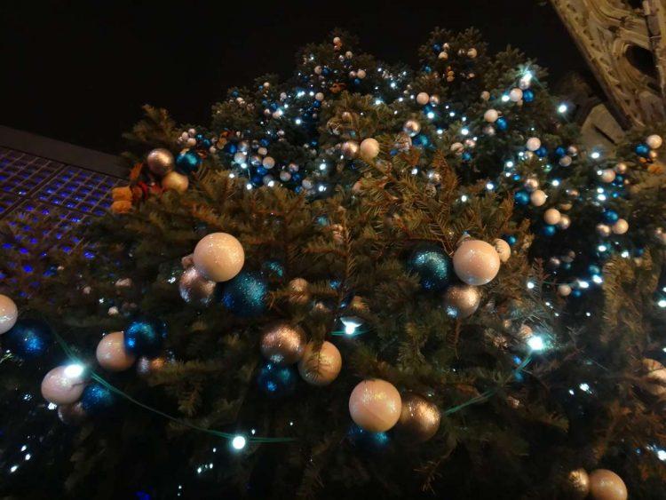 20 meter Christmas tree in the Breitscheidplatz